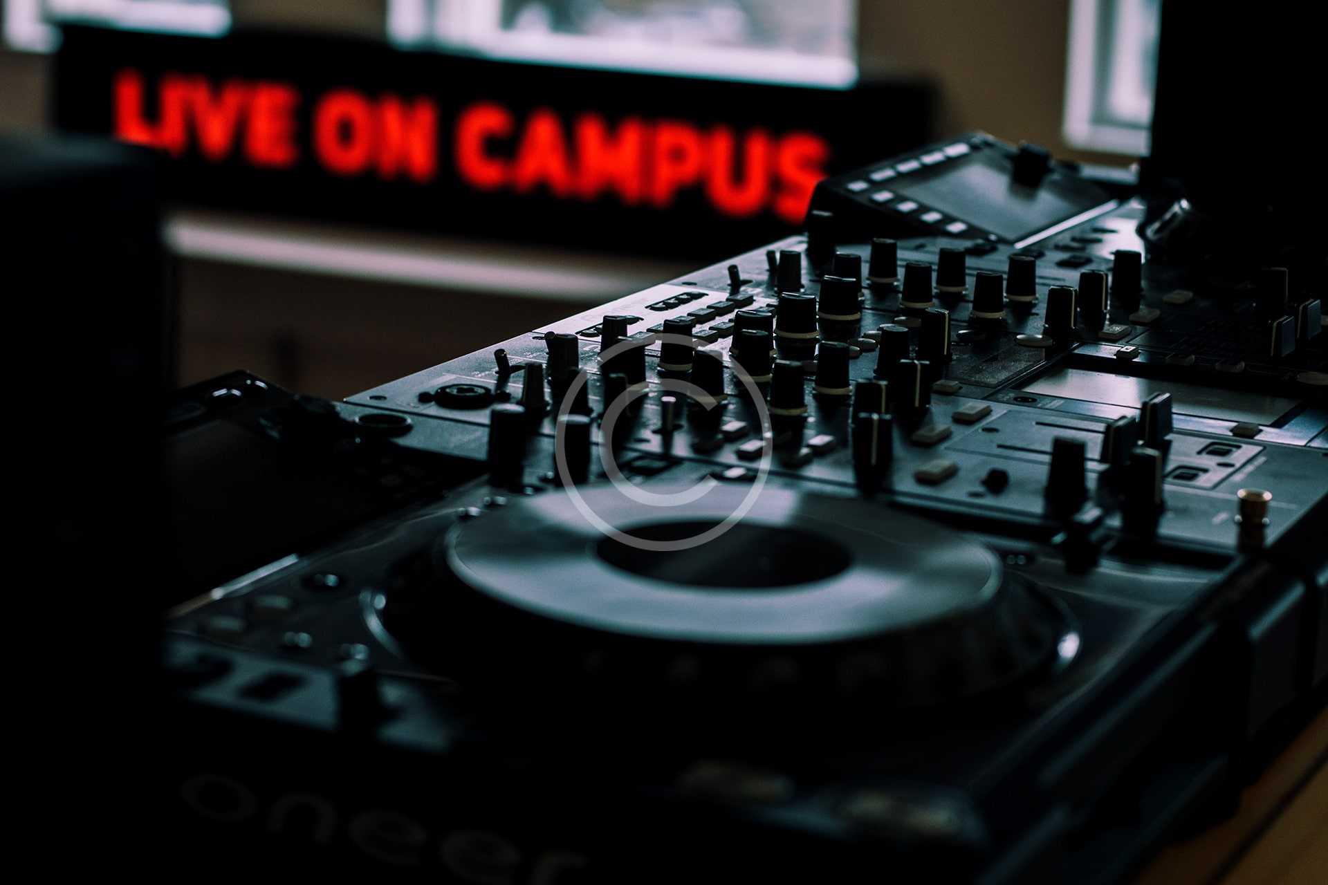 Radio Presenter Course